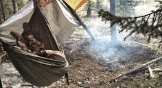 All about that #hammocklife  #camping #hammock #hammockcamping #forest #simplelife #paradise by @wandering.wallflower