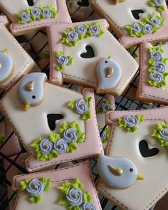 Bird Cookies, Fancy Cookies, Flower Cookies, Cute Cookies, Easter Cookies, Yummy Cookies, Cupcake Cookies, Cupcakes Flores, Sugar Cookie Frosting