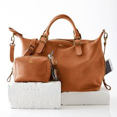 Personalized tote bags from Mark and Graham go anywhere and hold everything from the daily newspaper to your travel essentials. Cheap Handbags, Prada Handbags, Luxury Handbags, Purses And Handbags, Leather Handbags, Fall Handbags, Large Handbags, Coach Handbags, Leather Bags