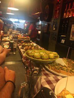 Bodega Biarritz 1881, Barcelona - Barrio Gotico (Barri Gotic) - Restaurant…