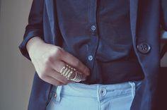 H & M ring