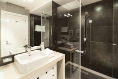 Abfluss in der Dusche stinkt - was tun?