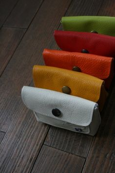 Leather Pouch, Leather Working, Card Case, Creations, Kitchen Appliances, Wallet, Bags, Sew Tote Bags, Satchel Handbags