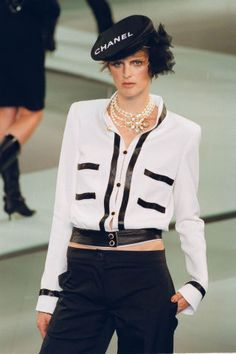 The 42 best Chanel runway moments of all time.