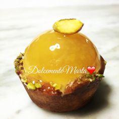 Tartellette di riso con gelée di frutta (Ricetta di Luca Montersino) Muffin, Charlotte, Breakfast, Desserts, Food, Breakfast Cafe, Meal, Hoods, Muffins