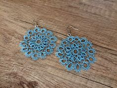 Reasons to Give Handmade Gifts – Gift Ideas Anywhere Tatting Earrings, Tatting Jewelry, Lace Earrings, Lace Jewelry, Tatting Lace, Round Earrings, Etsy Jewelry, Crochet Earrings, Unique Jewelry