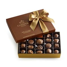 Surprise the chocolate lover in your life with gourmet chocolate gifts and treats from GODIVA. Browse our full list of chocolate collections here. Custom Chocolate, Chocolate Shop, Chocolate Lovers, Chocolate Brands, Chocolate Box Packaging, Chocolate Gift Boxes, Chocolate Candies, Chocolate Desserts, Gift Boxes Online