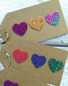 51 Ideas Wedding Card Craft Gift Tags For 2019 Fabric Cards, Fabric Gifts, Homemade Gift Tags, Crazy Patchwork, Card Tags, Craft Gifts, Diy Gifts, Upcycle, Gift Wrapping