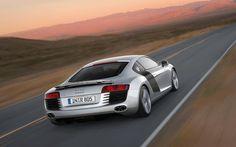 Sublime silver Audi R8