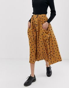 Find the best selection of ASOS DESIGN button front midi skirt in polka dot with oversized pockets. Shop today with free delivery and returns (Ts&Cs apply) with ASOS! T Shirt Streetwear, Style Streetwear, Modest Dresses, Modest Outfits, Modest Clothing, Muslim Fashion, Modest Fashion, Girly Outfits, Cute Outfits