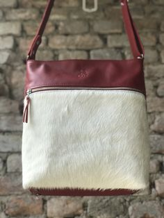 Messenger Bag, Satchel, Bags, Fashion, Handbags, Moda, Fashion Styles, Fashion Illustrations, Crossbody Bag