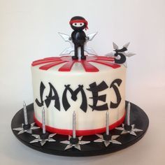 Ninja cake More Ninja Turtle Birthday Cake, Karate Birthday, Ninja Birthday Parties, Birthday Cake Girls, Birthday Cakes, Birthday Star, Golden Birthday, Turtle Party, Carnival Birthday
