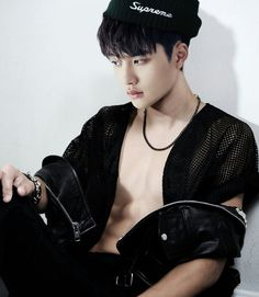 D.O. i believe this is the first time ive ever seen d.o.'s chest like that it nice lol omg is this pic real? Kyungsoo u sexy beast