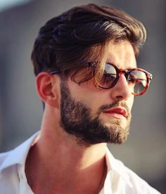 37 Popular Hairstyles For Men To Copy This Year 2019 Popular Mens Hairstyles, Mens Hairstyles With Beard, Cool Hairstyles For Men, Haircuts For Men, Wedding Hairstyles, Beard Styles For Men, Hair And Beard Styles, Short Hair Styles, Gents Hair Style