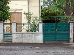 Art Deco street gates and fence Window Security, Metal Screen, Historic Properties, Fence Panels, Art Deco Design, Banksy, Historic Homes, Art Deco Fashion, Windows And Doors