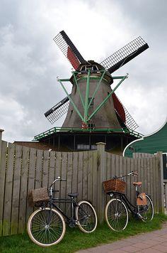 #Windmill - Zaanse Schans, #Amsterdam http://sunshineinhand.blogspot.com/2011/09/how-many-things-can-you-do-in-amsterdam.html