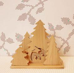 Kleine houten kerststal