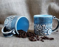 Image result for tasse ceramique idee bleu Coffee Aroma, Pottery, Mugs, Tableware, Blue, Ceramica, Dinnerware, Pottery Marks, Tumblers