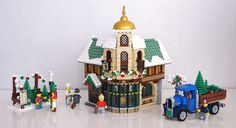 & Hi all, This is my entry for the second Winter VIllage Contest. It's a small establishment where travellers can seek lodging and h. Lego Christmas Sets, Lego Christmas Village, Lego Winter Village, Lego Village, Christmas Ideas, Village Inn, Christmas Town, Christmas Villages, Christmas Stuff