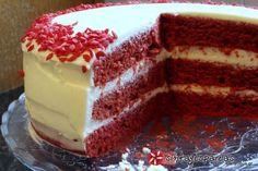 Red Velvet Κέικ (Κέικ Κόκκινο Βελούδο) #sintagespareas #redvelvetcake Greek Sweets, Greek Desserts, Sweet Recipes, Cake Recipes, Dessert Recipes, Red Velvet Recipes, Red Cake, Brownie Cake, Best Dishes