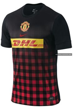 Manchester United 2012/13 Nike Pre-Match Shirt 2