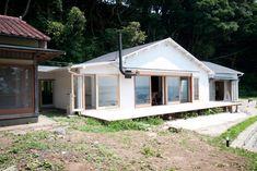 中古物件の環境と構造を生かす。 海が見える週末住宅/ルーヴィス vol.3 「colocal コロカル」ローカルを学ぶ・暮らす・旅する