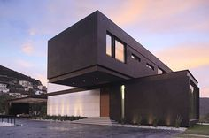 The House BC by GLR Arquitectos