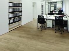 Allure plus vintage maple white allure plus vinyl for Sundeck flooring