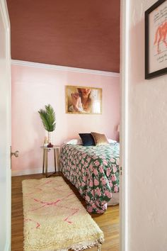 Apartment bedroom designs City Bedroom Decorating Ideas Diy Projects Apartment Therapy Diy Projects Apartment Apartment Interior Pinterest 2432 Best Bedrooms Images In 2019 Mint Bedrooms Alcove Bedroom Decor