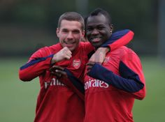 Podolski & Frimpong Train Before Match vs Everton 2013-2014.