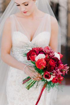 Romantic & timeless wedding | Tasha & Jon - Love4Wed