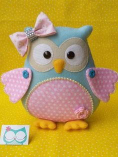Sewing projects toys templates ideas for 2019 Fabric Crafts, Sewing Crafts, Sewing Projects, Sewing Toys, Owl Crafts, Baby Crafts, Owl Cushion, Felt Owls, Owl Pillow