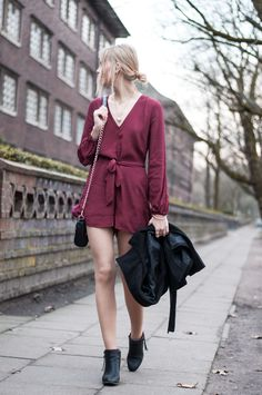 Red Playsuit for Christmas, Christmas Look, black Coat, burgundy jumper, rebecca minkoff mini mac black, pistol boots Acne - Hamburg, Streetstyle, Outfit, Blogger