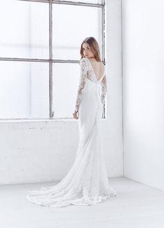 Fashion Friday: Anna Campbell's Ceremony Collection | Utterly Romantic | Delightful | Sweet | Feminine | Radiant | Elegant | Simple | http://brideandbreakfast.hk/2016/11/18/anna-campbell-ceremony-collection/