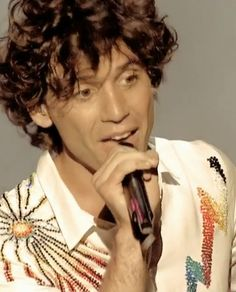 Mika - unknown gig (PDP perhaps?)