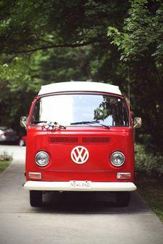 volkswagen classic car parts Volkswagen Bus, Volkswagen Transporter, Beetles Volkswagen, Vw T1, Combi Vw T2, Vans Vw, Carros Vw, Vw Caravan, Vw Camping