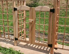 2 panel small wooden gate center latch.