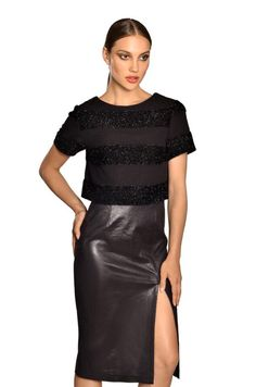 Leather skirt Guy Laroche, Leather Skirt, Fashion Outfits, Guys, Skirts, Clothes, Women, Outfits, Skirt