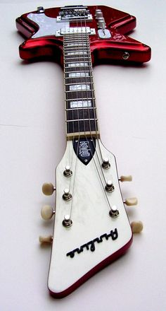 Limited Edition Airline 2P Guitar in Metallic Copper