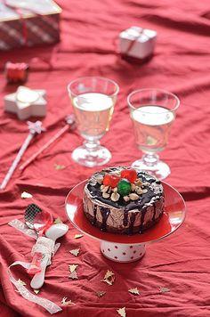 Un postre fresco y rápido para cautivar en estas Fiestas: Semifrío de chocolate y avellanas. Especial postres navideños! No te lo pierdas!