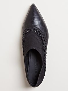 Haider Ackermann Women's Pointed Leather Shoes.