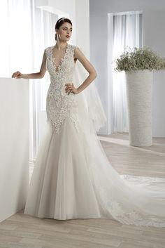 Νυφικά Φορέματα Demetrios Collection - Style 627