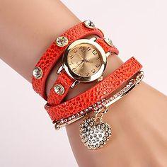 mostrador+redondo+multi-camada+de+coração+banda+pingente+de+quartzo+moda+pulseira+relógio+analógico+das+mulheres+(cores+sortidas)+–+BRL+R$+18,70