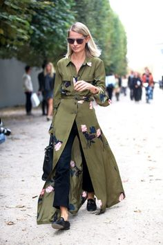 Here's how to rock the shirtdress trend the fashion girl way.