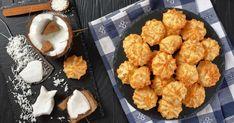 Kokosky - dôkladná príprava krok za krokom. Recept patrí medzi tie najobľúbenejšie. Celý postup nájdete na online kuchárke RECEPTY.sk.
