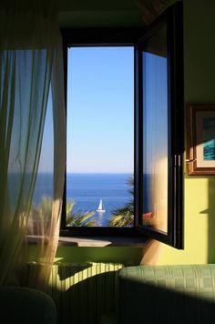 Ocean View, Amalfi Coast, Italy photo via osinachi