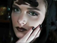 eye makeup for steampunk look