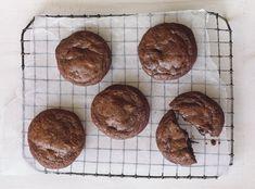 Guittard Chocolate, Molten Chocolate, Chocolate Cookie Recipes, Chocolate Cookies, Fun Desserts, Dessert Recipes, Chocolate Company, Brownie Bar, Pastry Recipes