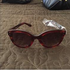 Lacoste Round Tortoise glasses Brand nee comes with case Lacoste Accessories Sunglasses