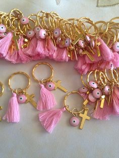 Martyrika Bracelet-Witness Pins- Greek Orthodox Baptism Enamel charms Mati size Key Ring size Tassel pink size Tassel white size Cross charms gold They can also be used as favors Thank you for looking Recuerdos Baby Shower Niña, Baby Shower Favors, Girl Baptism Party, First Communion Decorations, Baptism Favors, Jewelry Design Earrings, Diy Keychain, Birthday Favors, Diy Accessories